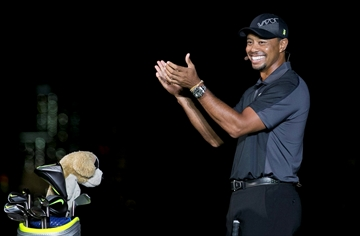 Tiger Woods splits with swing coach Sean Foley-Image1