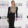 Jennifer Lopez 'head over heels' for Drake -Image1
