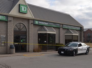 Police investigating robbery at TD Bank in Waterdown