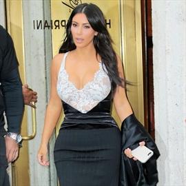 Kim Kardashian inspired by Jennifer Lopez-Image1