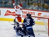 Hurricanes use strong first period to beat Jets-Image1