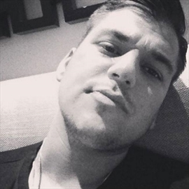 Rob Kardashian shares new selfie-Image1