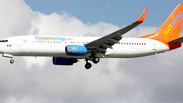 Sunwing jet