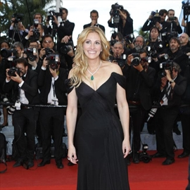 Julia Roberts to receive Woman of the Decade award-Image1