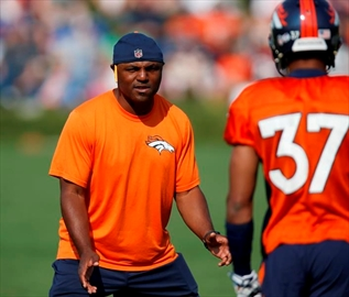 Broncos promote Joe Woods to defensive co-ordinator-Image1
