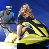 Mariah Carey swims in high heels -Image1