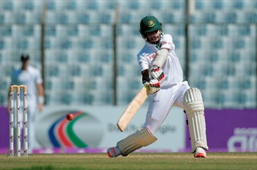 Bangladesh all out for 248 in first innings vs England-Image1