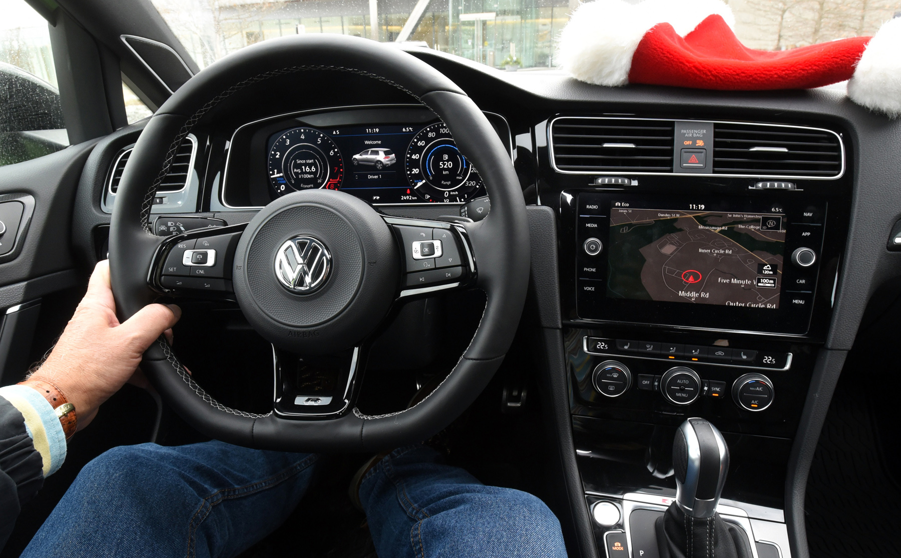 vw s uber golf. Black Bedroom Furniture Sets. Home Design Ideas