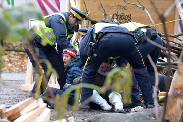 Pipeline protesters arrested; injunction enforced -Image1