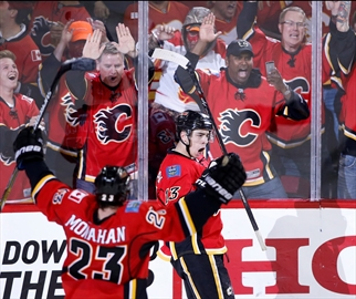 Flames edge Ducks 4-3 in overtime at home-Image1